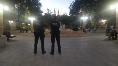 Photo of La Policía Local sanciona a 15 jóvenes que hacían botellón sin mascarilla en Vistabella