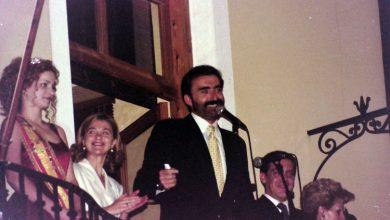 Photo of Que quede entre nos. Juan y Medio, pregonero en las fiestas de Alcantarilla (año 2000)