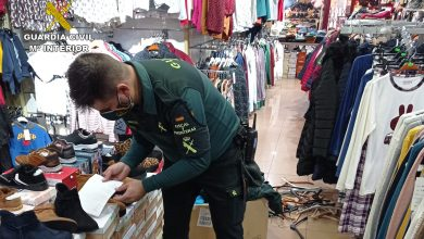 Photo of Incautan 150 prendas de marca falsificadas a un vecino de Alcantarilla