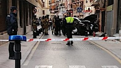 Photo of Trasladan al hospital a un conductor de 83 años cuyo coche chocó contra un bolardo en Murcia