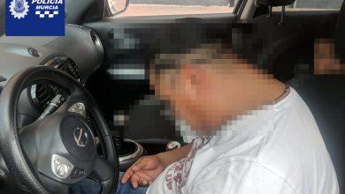 Photo of Un conductor ebrio se queda dormido en el coche con dos menores a bordo