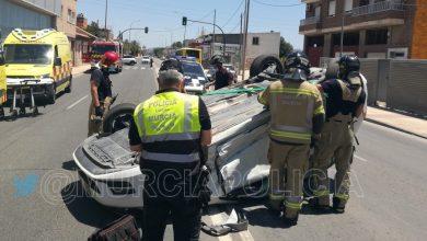 Photo of Trasladada al hospital una joven tras sufrir un aparatoso accidente en la carretera de Alcantarilla