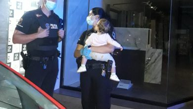 Photo of Rescatan a una mujer que quedó inconsciente en su coche con dos niños en el interior por una bajada de azúcar