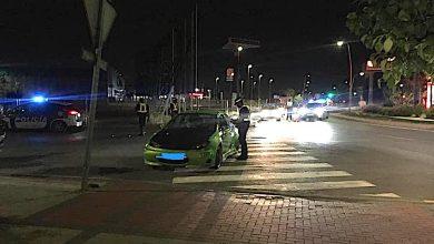 Photo of La Policía Local detiene a un hombre que conducía con un carné falso