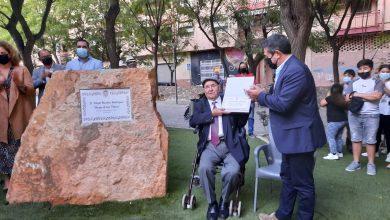 Photo of Un monolito y el aplauso de los vecinos para Diego de las Flores